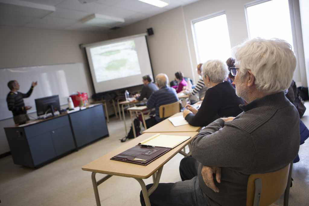 Participation sociale aîné cours université